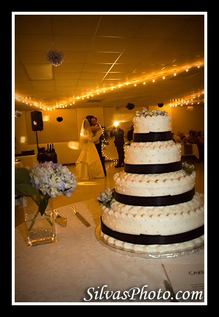 Wedding Cake with Bride & Groom Dancing