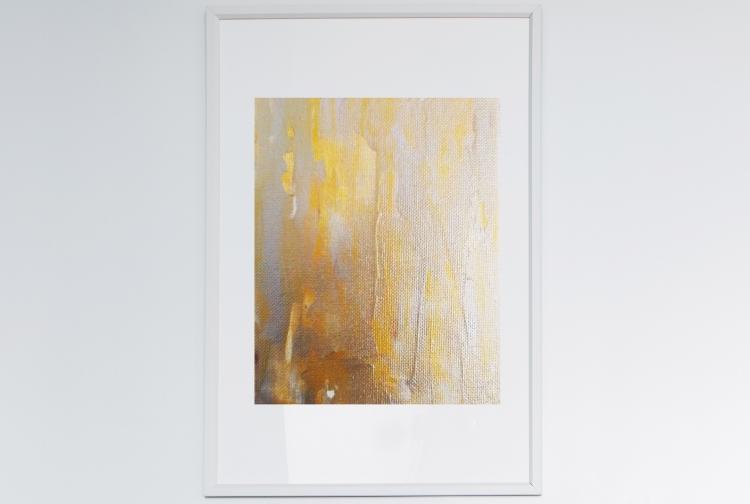 5x7_wall-2576917_white_frame